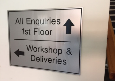 enquiries-deliveries-wall-sign