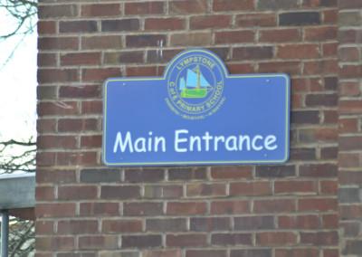 lympstone-cofe-entrance-sign