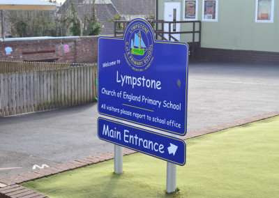 lympstone-school-post-sign